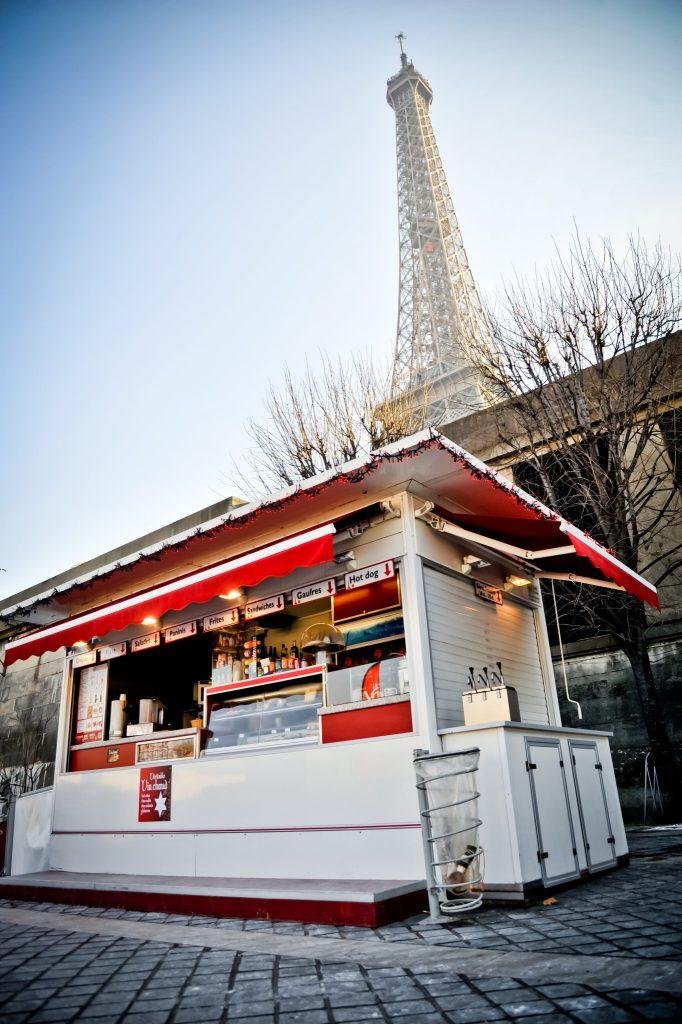 Hedimag Kiosque Moderne Tour Eiffel Paris (1)