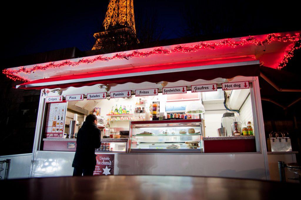 Hedimag Kiosque Moderne Tour Eiffel Paris (22)