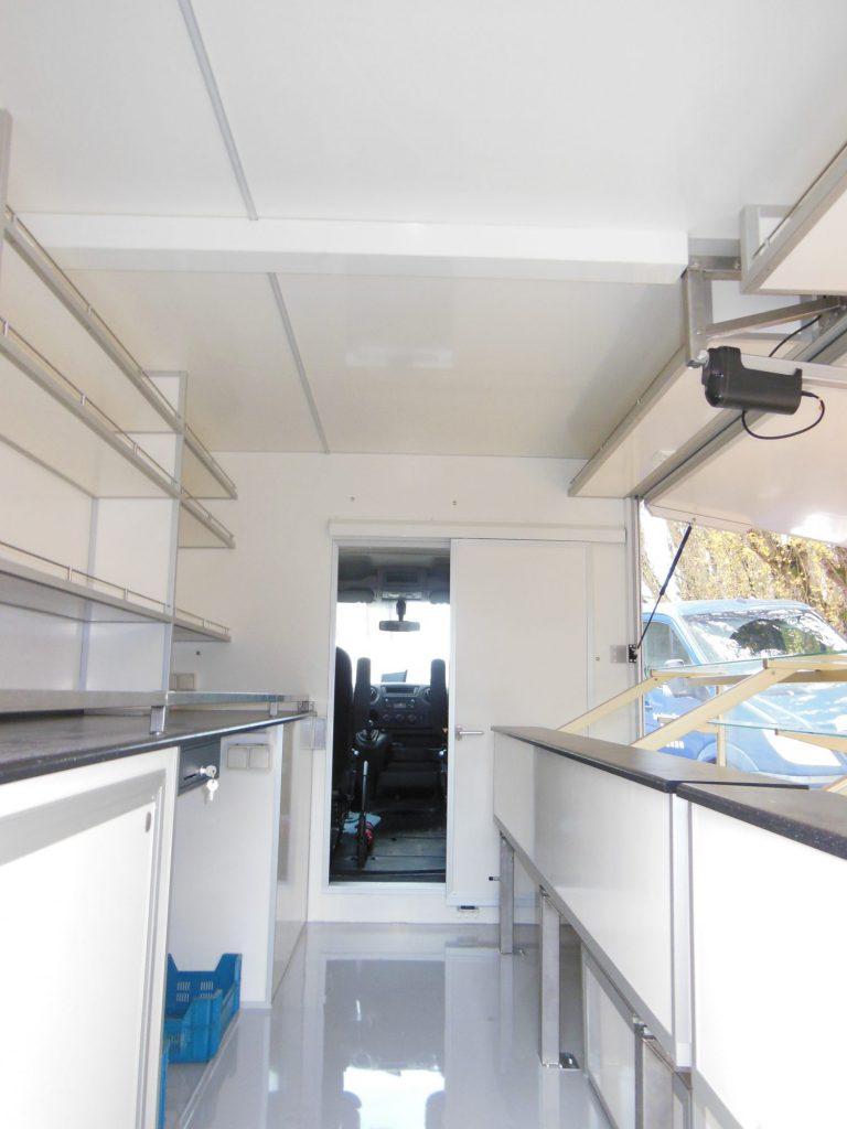 Camion épicerie fine thé café traiteur Hedimag camion vrac