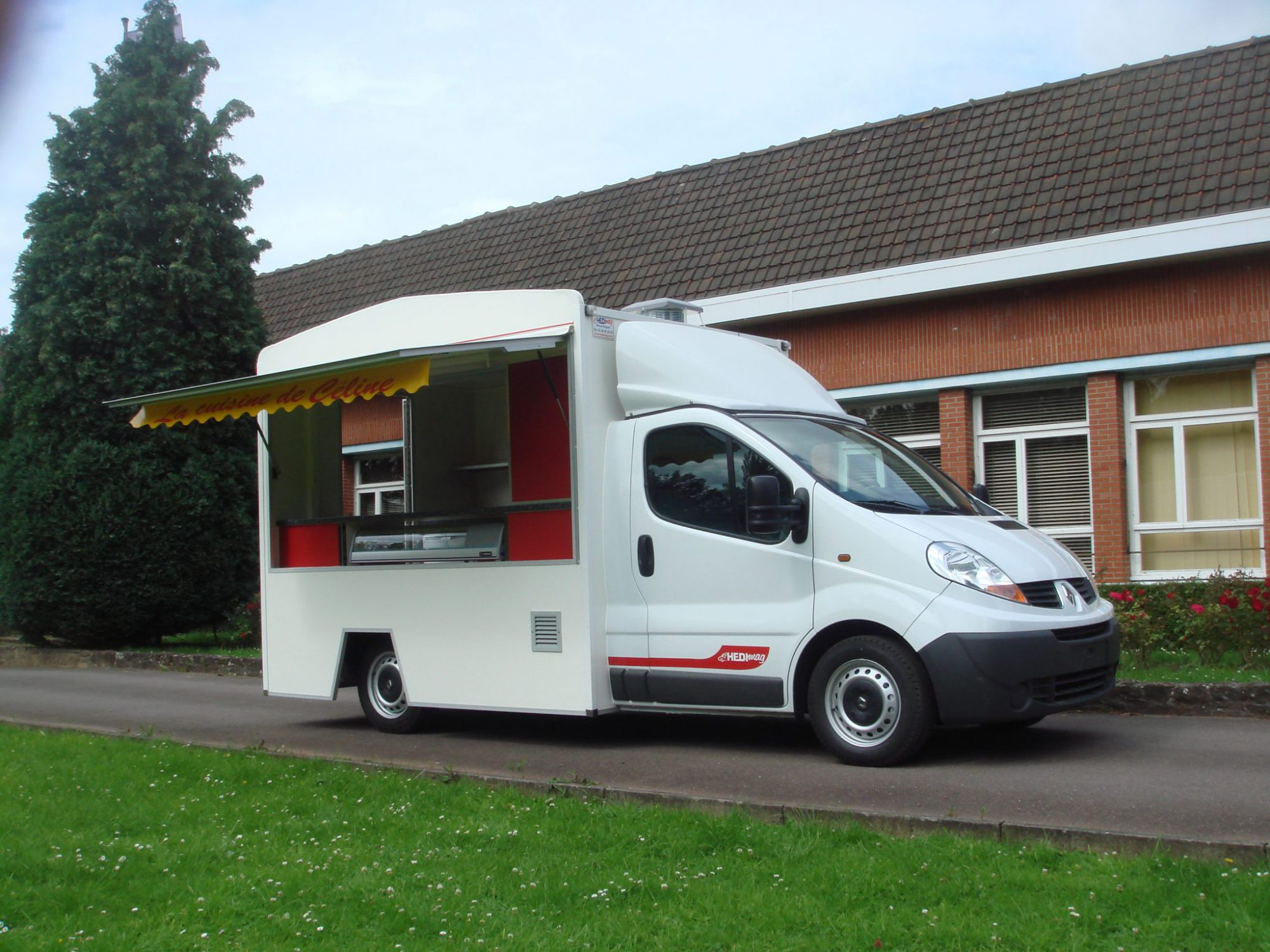 Camion friterie snack version junior hedimag fabricant for Etalmobile occasion