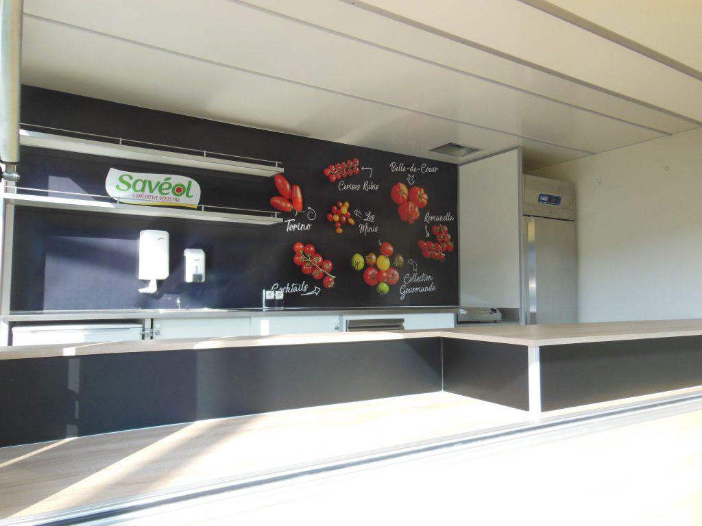 Camion vente de fruits légumes SAVEOL camion primeur hedimag