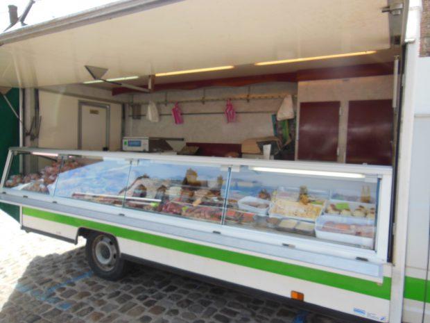 Camion de marché réfrigéré – Ref C003
