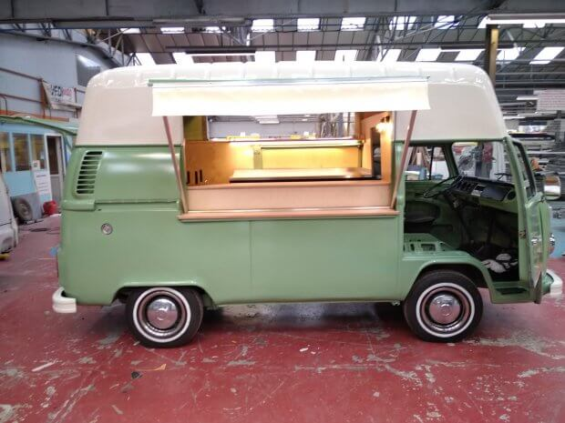 Combi VW vintage cuisine italienne