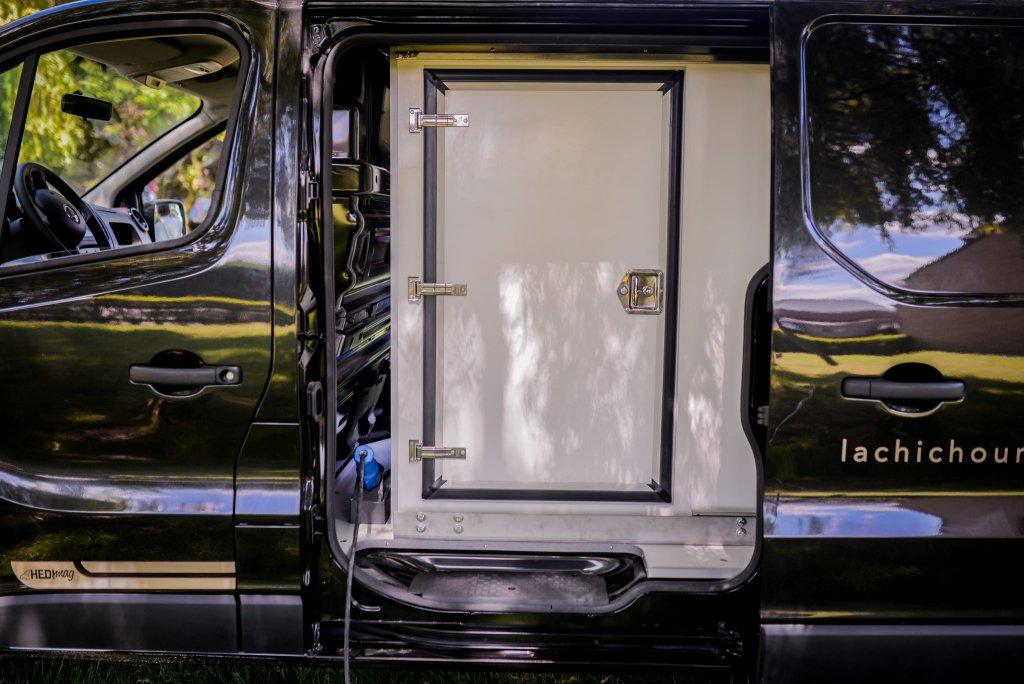 Food truck Service Extérieur citroen jumpy foodtruck peugeot expert foodtruck fiat talento foodtruck