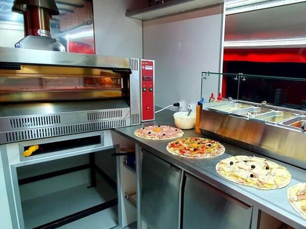 Camion pizza occasion rénové par Hedimag
